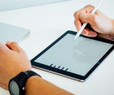 Digital skills for your team, Photo by Dose Media on Unsplash