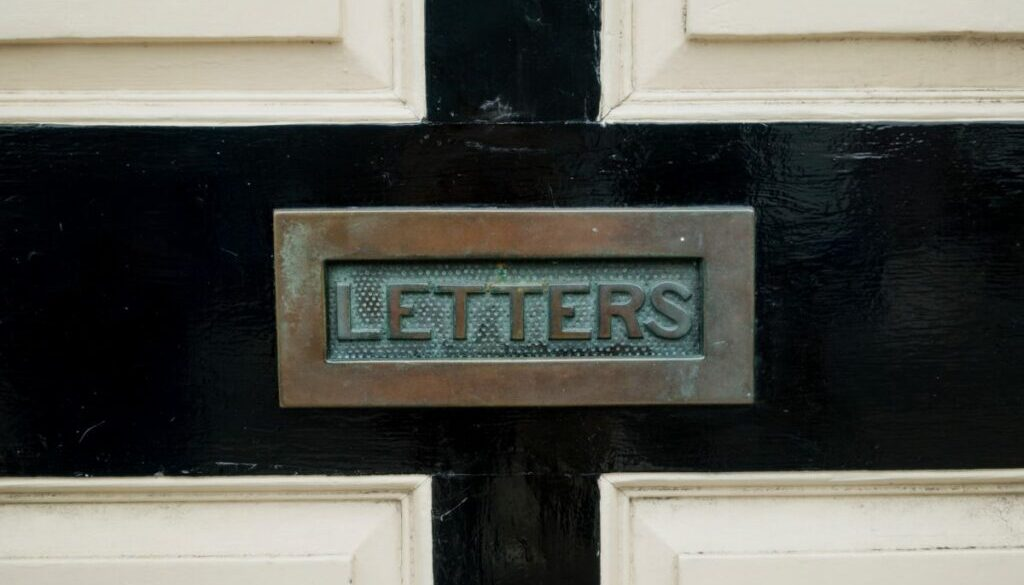 Newsletters keep customers engaged at home, Photo by Gemma Evans on Unsplash